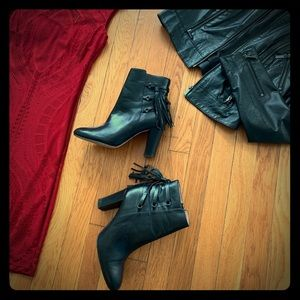 Halogen black leather ankle boots